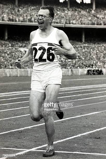 1956 1956 Olympic Games in Melbourne Mens 3000 metres Steeplechase Great Britain's Chris Brasher the 1956 Olympic gold medal winner in the 3000...