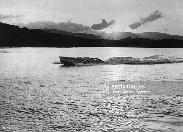 Sport, Powerboating, Lake Windermere, England Henry O'Neal de hane Segrave in his speed boat Miss England 11, Segrave held many land and water speed...