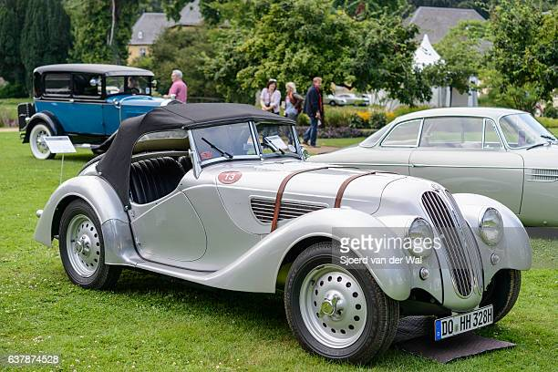 """bmw 319/1 sport roadster classic convertible sports car - """"sjoerd van der wal"""" stock pictures, royalty-free photos & images"""