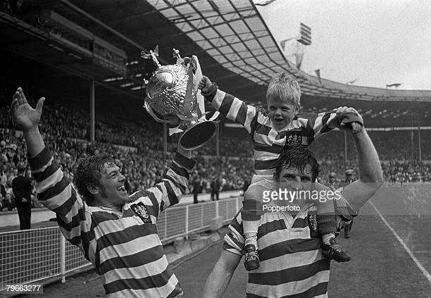 Sport Rugby League Cup Final Wembley England 15th May 1971 Leigh 24 v Leeds 7 Kevin Ashcroft and Peter Smethurst of Leigh parade the trophy with team...