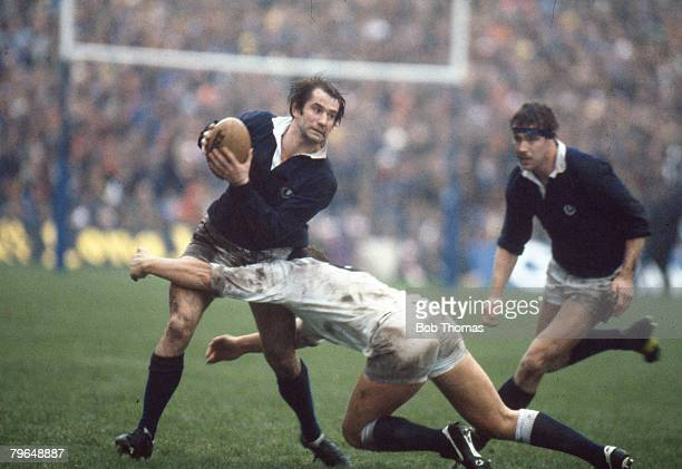 Sport Rugby Union 5 Nations Championship at Murrayfield pic 4th February 1984 Scotland 18 v England 6 Scotland's David Leslie is tackled by England's...