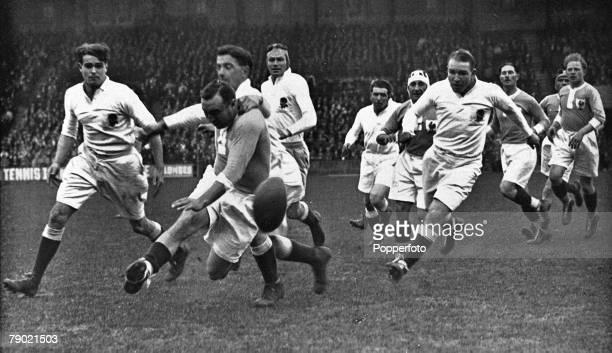 Sport Rugby Union International Paris France 6th April 1931 France 14 v England 13 Match action in progress