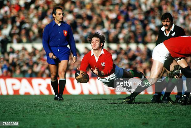 Sport, Rugby Union, pic: 1983, British Lions Tour of New Zealand, New Zealand v British Lions at Christchurch, Terry Holmes, British Lions scrum...