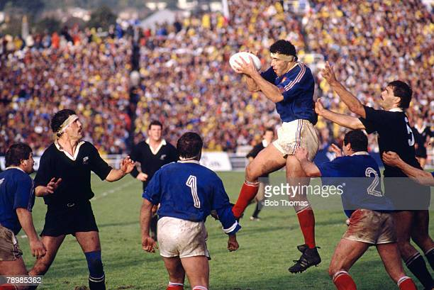 20th June 1987 Rugby Union World Cup Final at Auckland New Zealand 29 v France 9 France lock forward Jean Condom takes the lineout ball