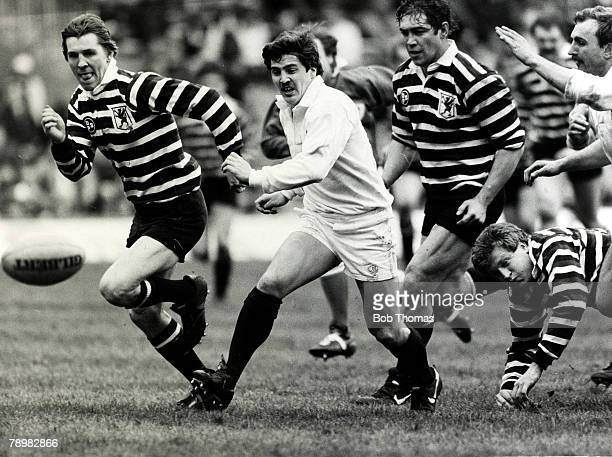 31st March 1984 Thorn EMI County Championship Final at Twickenham Gloucestershire 36 v Somerset 18 Gloucestershire's Stuart Barnes chases the ball...