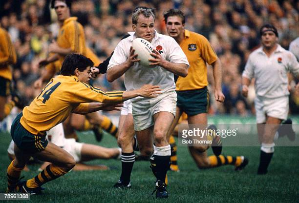 Sport, Rugby Union, pic: 5th November 1988, Rugby Union International at Twickenham, England 28 v Australia 19, England's Andy Robinson moves past a...