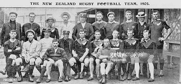 Sport Rugby Union The New Zealand team which lost to Wales in Cardiff on 16th December 1905 line up together for a group photograph