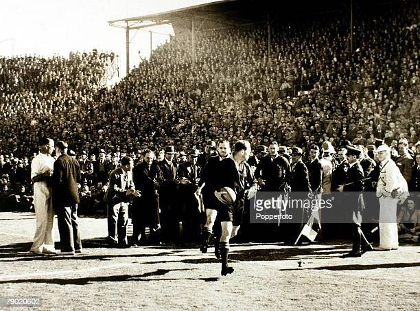 Sport Rugby Union Tour Match 17th August 1938 Ellis Park Johannesburg South Africa 26 v British Lions 12 Danie Craven leads out the South African side