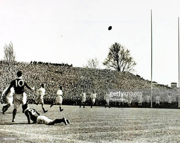 Sport Rugby Union Twickenham England 19th March 1938 England 16 v Scotland 21 England watch as Scotland attempt a kick at goal