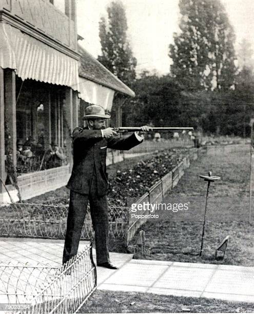 Sport, Shooting, 1900 Olympic Games, Paris, France, Live Pigeon Shooting, Donald MacIntosh, Australia, who finished 3rd in the event, the event...