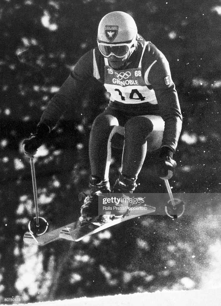 Sport Skiing. pic: February 1968. French skier Jean-Claude Killy competing at Grenoble-Chamrousse, France in the Olympic Games Mens Downhill event. In the 1968 Winter Olympics Jean-Claude Killy was to win 3 Gold medals in the Alpine skiing. : Foto di attualità