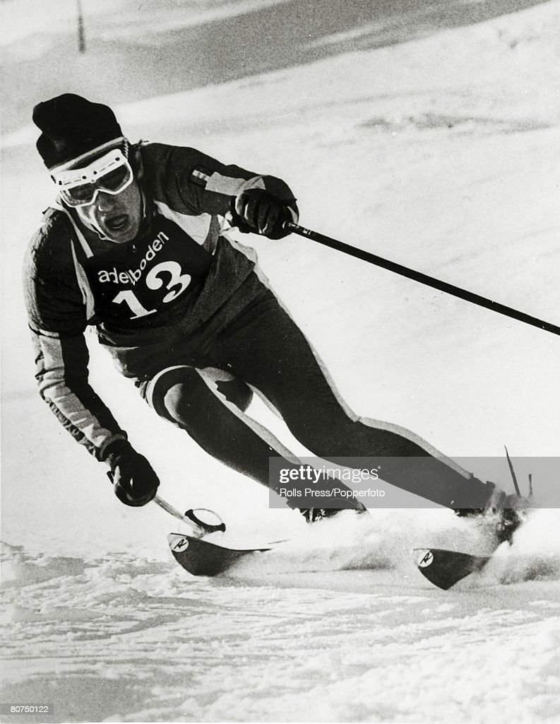 Sport Skiing. pic: January 1968. French skier Jean-Claude Killy competing at Adelboden, Switzerland, where Killy was to win the Giant Slalom. In the 1968 Winter Olympics Jean-Claude Killy was to win 3 Gold medals in the Alpine skiing. : Foto di attualità