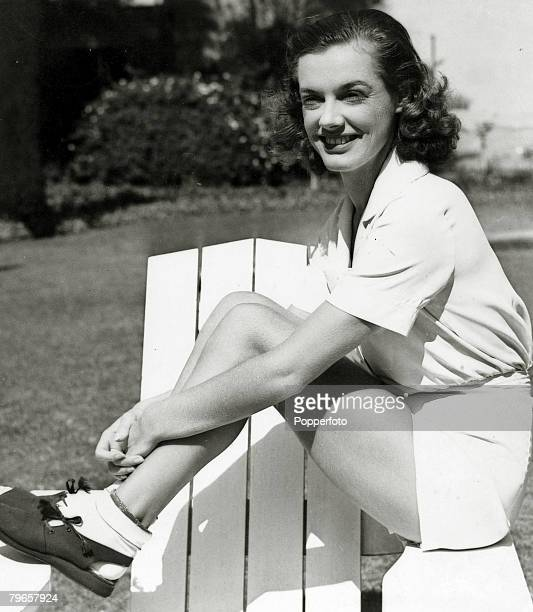 circa 1936 American Eleanor Holm the 1932 Olympic Games Gold medalists for the Womens 100 metres Backstroke who failed to make the 1936 USOlympic...