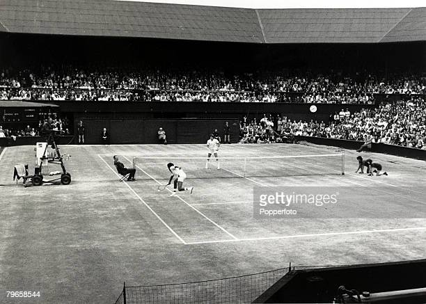 Sport Tennis All England Lawn Tennis Championships Wimbledon England 5th July 1975 Mens Singles Final A general view of the Centre Court with USA's...