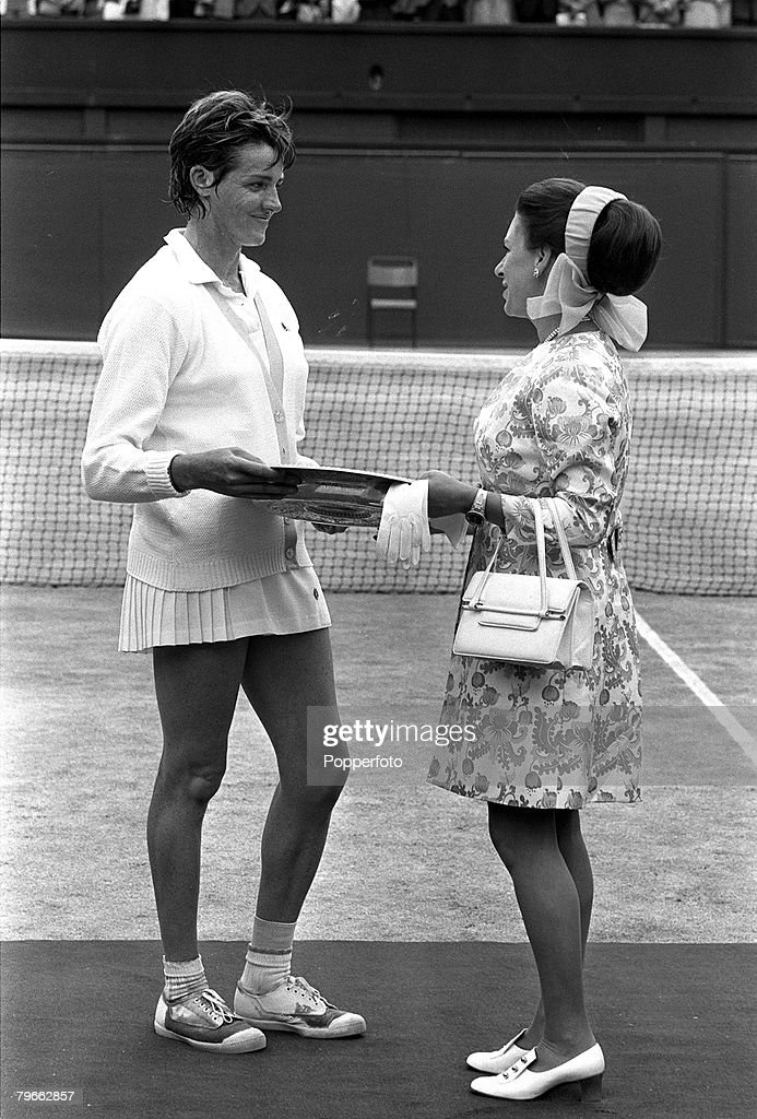 Sport, Tennis, All England Lawn Tennis Championships, Wimbledon, England, 3rd July 1970, Ladies Singles Final, Australia's Margaret Court receives the Wimbledon Ladies Singles Plate from Princess Margaret after her 14-12, 11-9 victory over USA's Billie-Je : News Photo