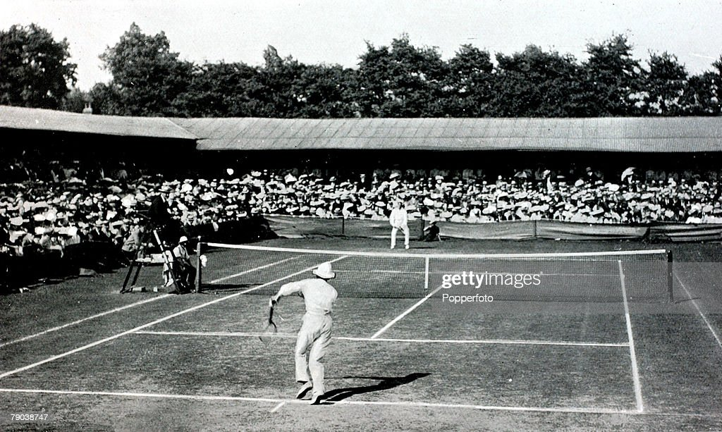 Sport. Tennis. All England Lawn Tennis Championships. Wimbledon, London, England. 1905. Mens Singles Final. Great Britain's Laurie Doherty beat Australia's Norman E.Brookes to win the title. : News Photo