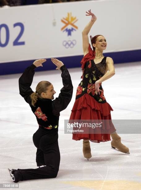 Sport Winter Olympic Games Salt Lake City Utah USA 17th February 2002 Figure Skating Ice Dance Marina Anissina Gwendal Peizerat France Gold medal...