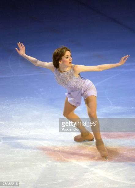 Sport Winter Olympic Games Salt Lake City Utah USA 22nd February 2002 Ice Skating Exhibition Ladies Sarah Hughes USA Gold medal winner