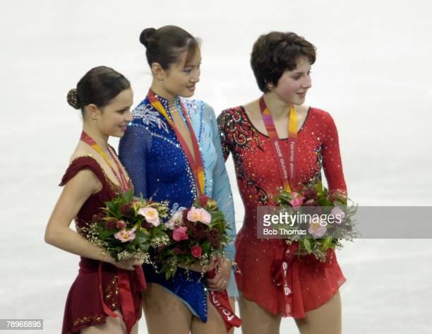 Sasha Cohen Figure Skater Photos and Premium High Res ...