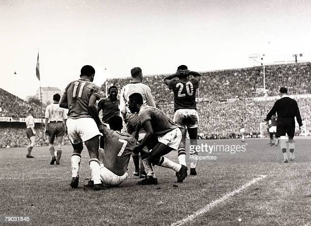Sport/Football 1958 World Cup Final Stockholm 29th June 1958 Sweden 2 v Brazil 5 Brazil's Mario Zagallo has scored his side's fourth goal and is...