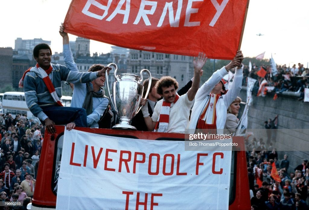 Sport/Football, 29th May 1981, The victorious Liverpool team parade the European Cup on Merseyside after they had beaten Real Madrid 1-0 in Paris, with the goalscorer Alan Kennedy, right, and Howard Gayle holding the Cup : News Photo