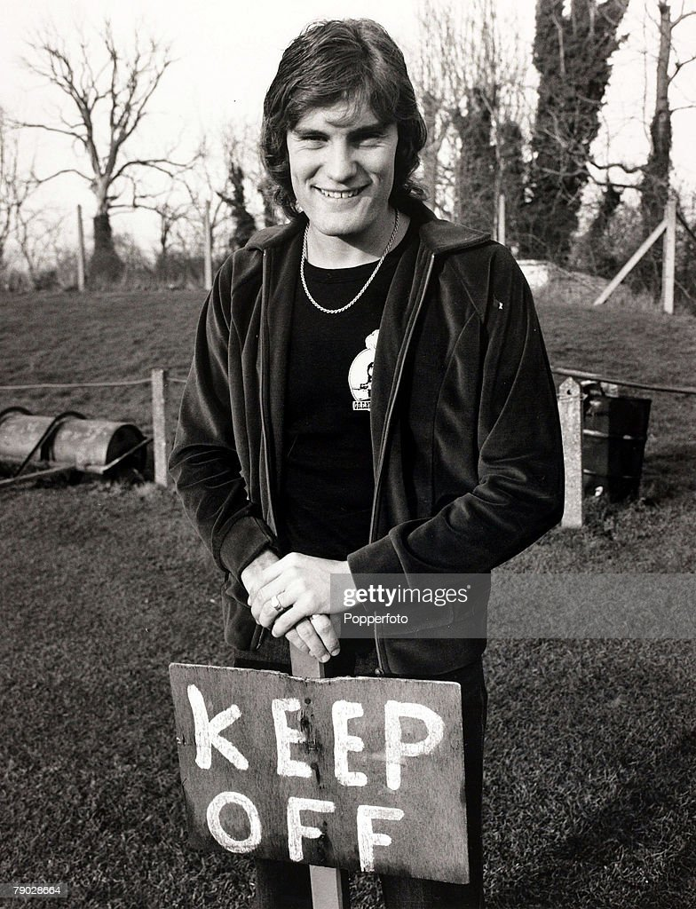 Sport/Football. England. 29th November 1979. Tottenham Hotspur's Glenn Hoddle pictured at the Spurs training ground at Cheshunt, Hertfordshire next to a sign warning people to keep off the grass. : News Photo