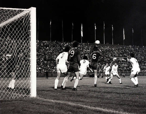Sport/Football, European Cup-Winners Cup Final Replay, Athens, Greece, 21st May 1971, Chelsea 2 v Real Madrid 1, Chelsea's David Webb joins the...