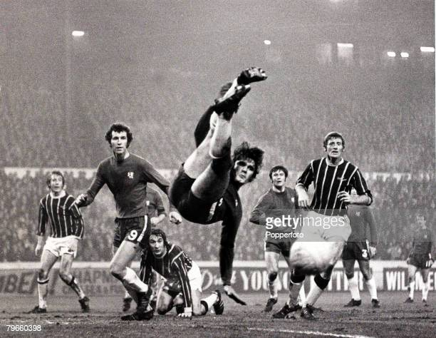 Sport/Football FA Cup Third Round Replay Stamford Bridge London England 6th January 1971 Chelsea 2 v Crystal Palace0 Chelsea defender David Webb...