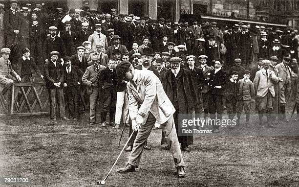 Sport/Golf, circa 1900, J,H,Taylor prepares to drive in a British Open Championship which he won 5 times 1895 1909 and 1913