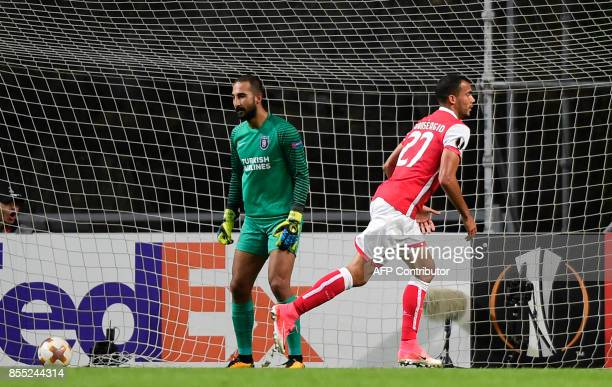 Sporting Braga's Brazilian midfielder Fransergio celebrates after scoring during the UEFA Europa league football match SC Braga vs Istanbul...