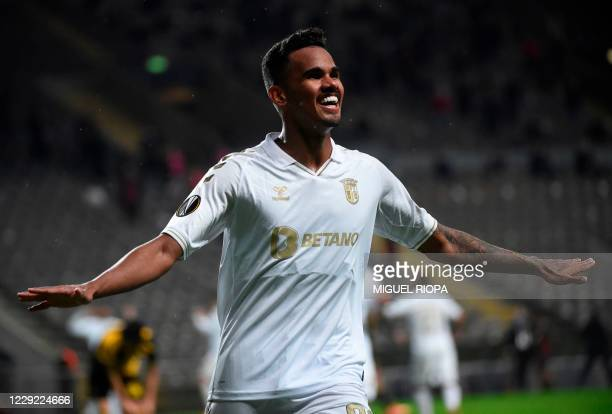 Sporting Braga's Brazilian midfielder Wenderson Galeno celebrates after scoring a goal during the UEFA Europa League group G football match between...