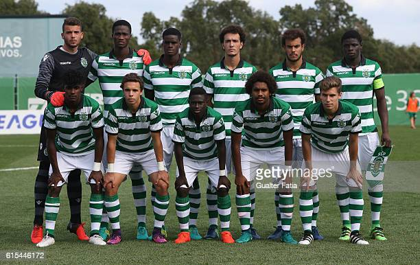 Sporting Clube de Portugal's players pose for a team photo during the UEFA Youth Champions League match between Sporting Clube de Portugal and...