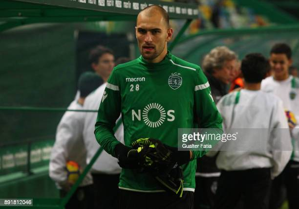 Sporting CP forward Bas Dost from Holland before the start of the Portuguese Cup match between Sporting CP and Vilaverdense at Estadio Jose Alvalade...