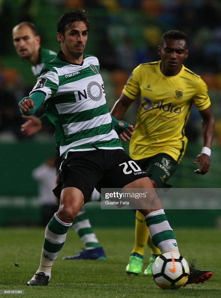 Sporting CP forward Bryan Ruiz from Costa Rica controls the ball during the Primeira Liga match between Sporting CP and FC Pacos de Ferreira at Estadio Jose Alvalade on April 8, 2018 in Lisbon, Portugal.