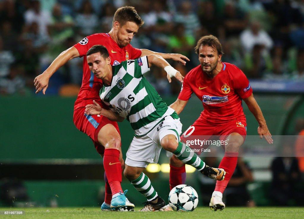 Sporting CP v Steaua Bucuresti FC - UEFA Champions League Qualifying Play-Offs Round - First Leg : News Photo
