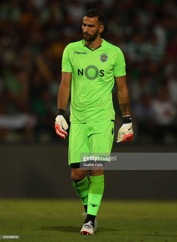 Sporting CP goalkeeper Rui Patricio from Portugal in action during Pre-Season Friendly match between Sporting CP and Vitoria Guimaraes at Estadio Municipal de Rio Maior on July 26, 2017 in Rio Maior, Portugal.