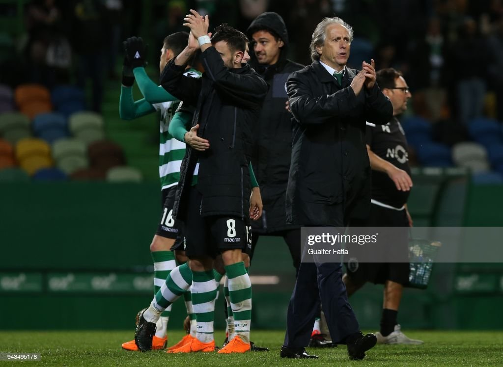 Sporting CP head coach Jorge Jesus from Portugal and Sporting CP players celebrate the victory at the end of the Primeira Liga match between Sporting CP and FC Pacos de Ferreira at Estadio Jose Alvalade on April 8, 2018 in Lisbon, Portugal.