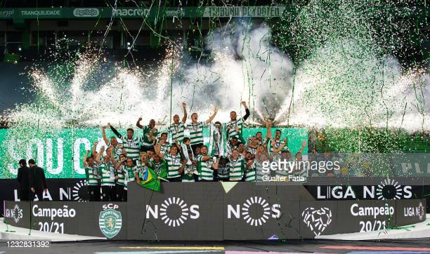 Sporting CP players celebrate winning the Liga NOS with trophy at the end of the Liga NOS match between Sporting CP and Boavista FC at Estadio Jose...