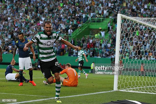 Sporting CP's forward Bas Dost from Holand celebrates scoring Sporting«s third goal during the Portuguese Primeira Liga between Sporting CP and...