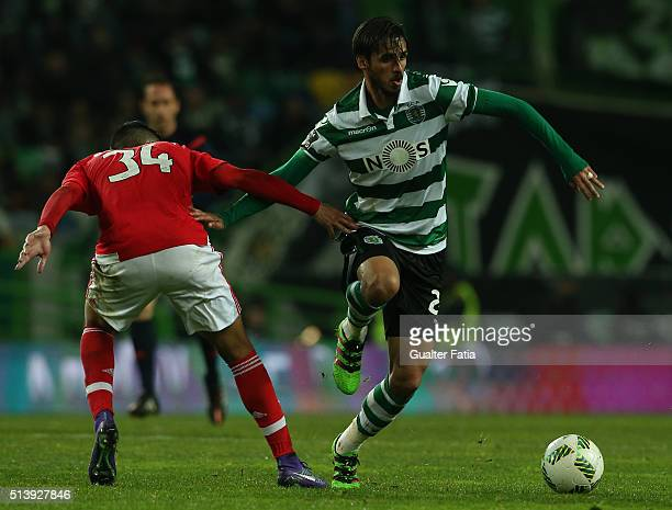 Sporting CPÕs forward Bryan Ruiz from Costa Rica with SL BenficaÕs defender Andre Almeida in action during the Primeira Liga match between Sporting...