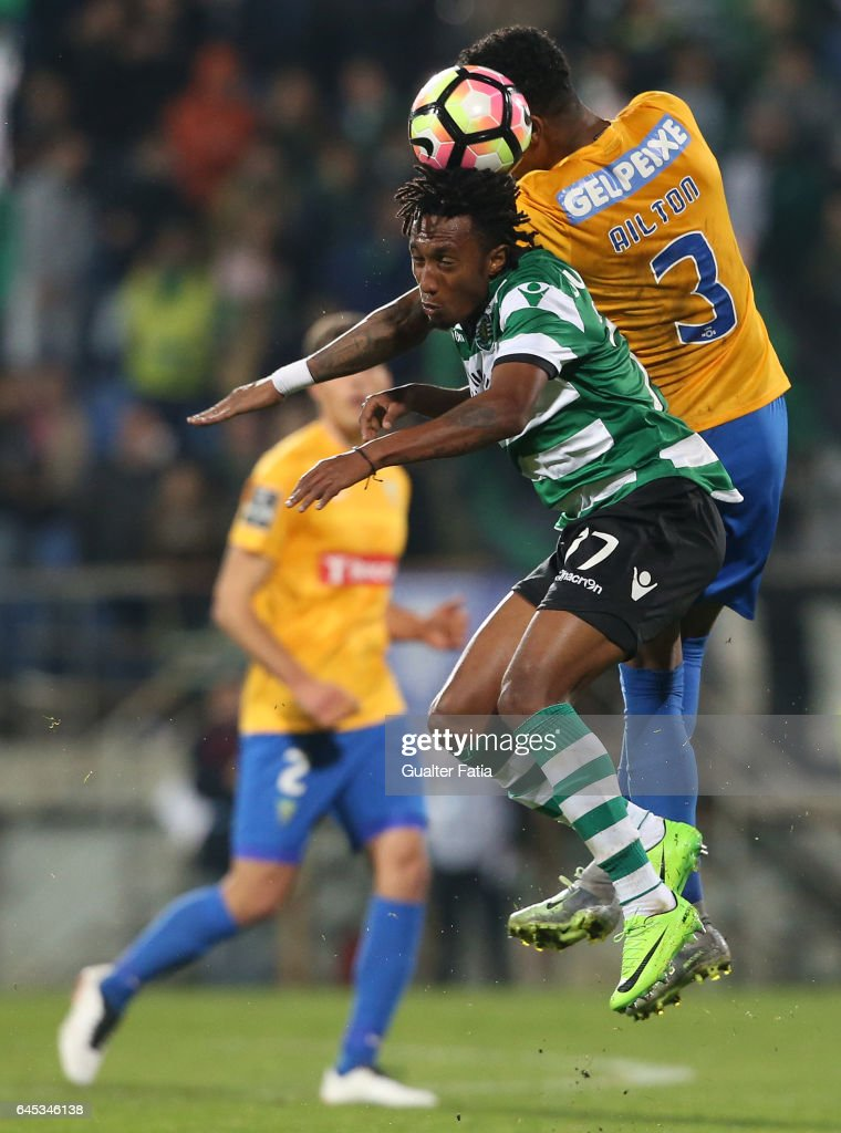 Sporting CP's forward Gelson Martins from Portugal with Estoril's defender Ailton Silva from Brazil in action during the Primeira Liga match between GD Estoril Praia and Sporting CP at Estadio Antonio Coimbra da Mota on February 25, 2017 in Estoril, Portugal.