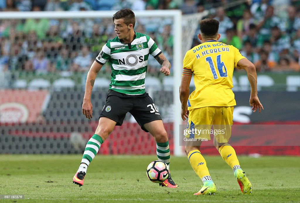 Sporting CP's midfielder Bruno Paulista from Brazil in action during the Primeira Liga match between Sporting CP and FC Porto at Estadio Jose Alvalade on August 28, 2016 in Lisbon, Portugal.