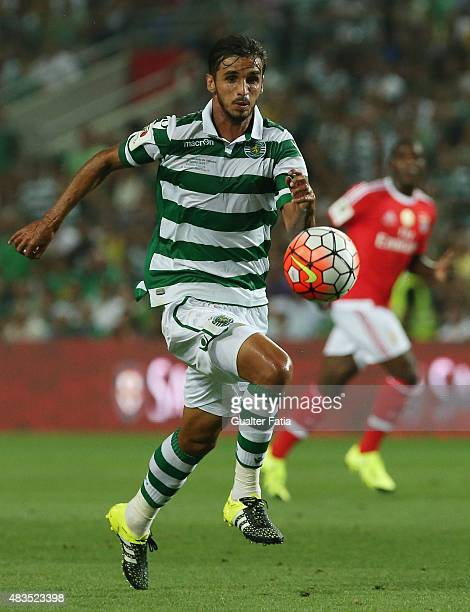 Sporting CP's midfielder Bryan Ruiz in action during the Portuguese Super Cup match between SL Benfica and Sporting CP at Estadio Algarve on August 9...