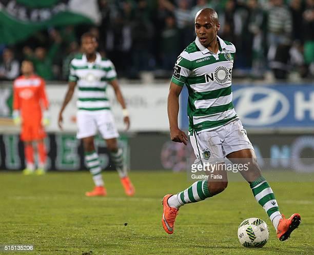 Sporting CPÕs midfielder Joao Mario in action during the Primeira Liga match between GD Estoril Praia and Sporting CP at Estadio Antonio Coimbra da...