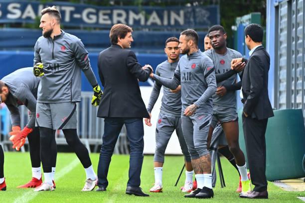 FRA: Paris Saint-Germain - Football Training Session