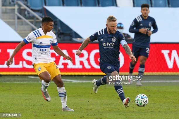 Sporting Kansas City forward Johnny Russell looks to pass in the first half of an MLS playoff match between the San Jose Earthquakes and Sporting...
