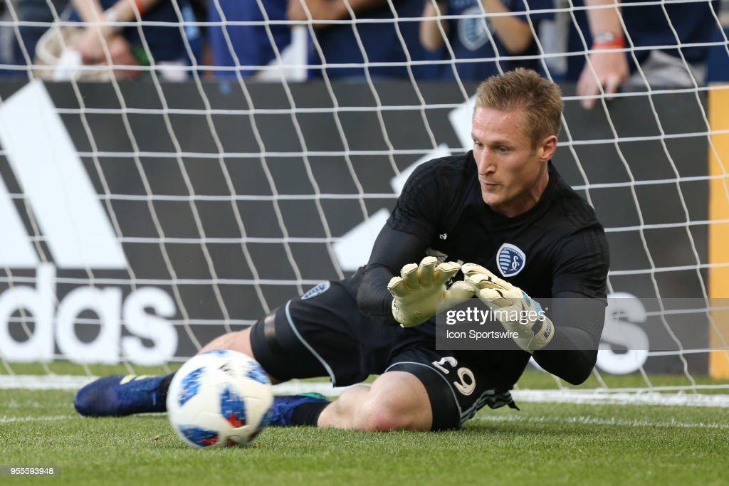 SOCCER: MAY 05 MLS - Colorado Rapids at Sporting Kansas City : News Photo