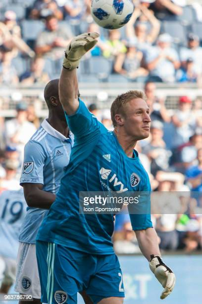 Sporting Kansas City goalkeeper Tim Melia put the ball back into play during the MLS regular season match between Sporting Kansas City and the...