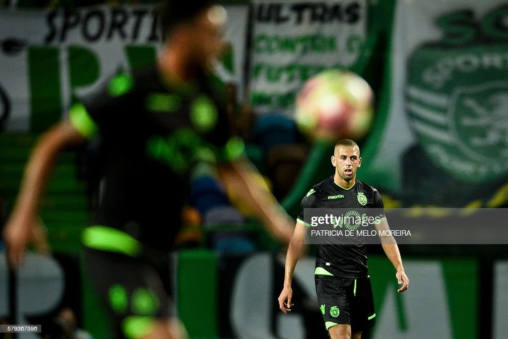 Sporting's Algerian forward Islam Slimani looks on during the friendly football match Sporting CP vs Olympique de Lyonnais at the Jose Alvalade stadium in Lisbon on July 23, 2016. / AFP / PATRICIA