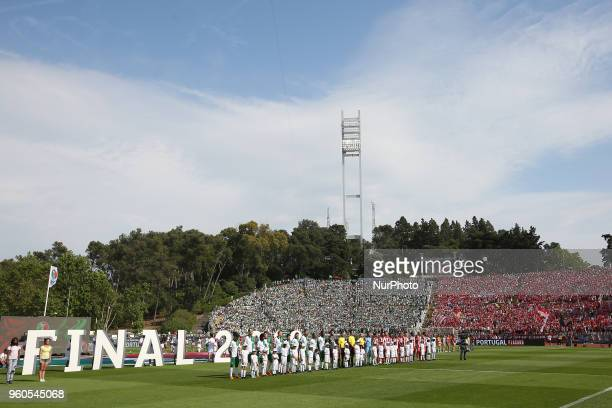 Sporting's and Aves' teams before the Portugal Cup Final football match CD Aves vs Sporting CP at the Jamor stadium in Oeiras outskirts of Lisbon on...